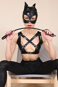 Cosplay girl free footfetish picture - CosplayFeet.com - cosplayfeet-stella-catwoman-03